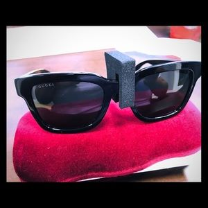 Black Gucci Glasses with Optyl